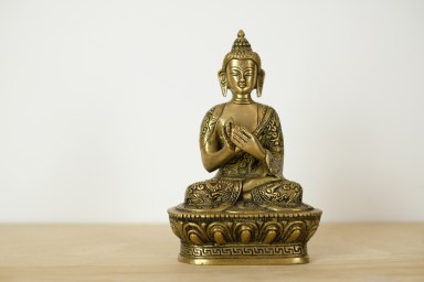 buddha-statue-messing