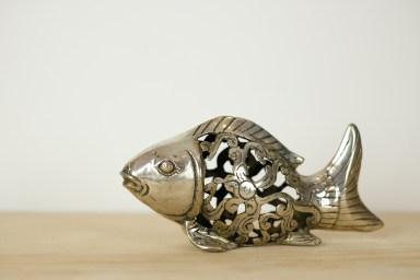 fisch-mit-durchbrochener-verzierung